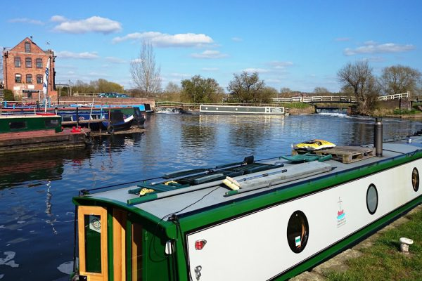 Sileby Mill Boatyard- Narrowboat Day Hire, Chandlery, Moorings, Repairs and Servicing.