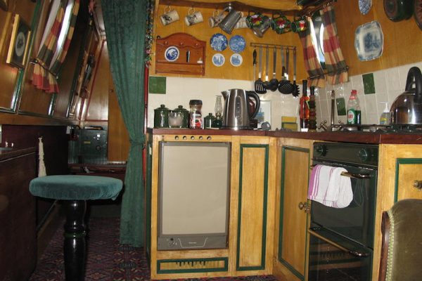 BLAKELEY 47FT TUG STYLE NARROW BOAT IN SUPERB CONDITION
